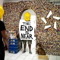 NPIRE usa 55.000 piezas LEGO para levantar una pared muy divertida