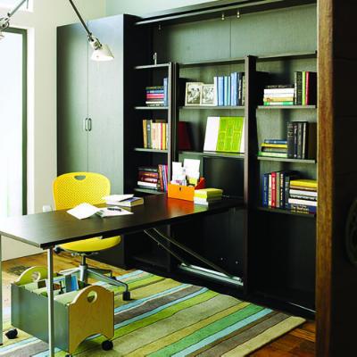Modelos creativos para tener tu oficina en casa decorapolis for Modelos de oficinas en casa